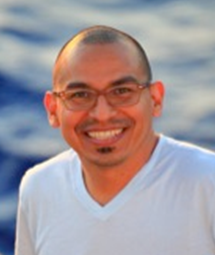 Dr. Gonzalo Carrasco