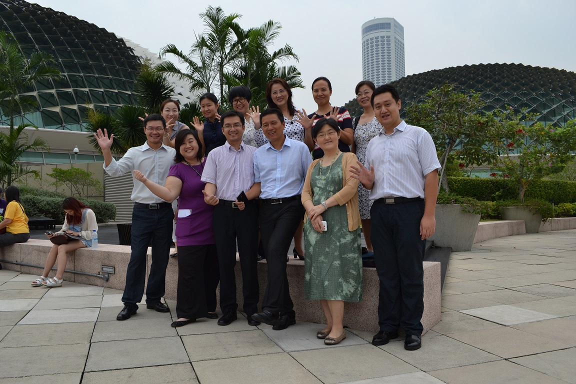 group-photo-at-roof-terrace1