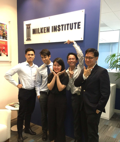 jansen internship at MI 3 -with interns and Institute Asia Fellows